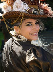 Anno 1900 Costumed Woman